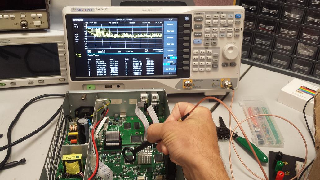使用近场探头对PCB板进行辐射测量
